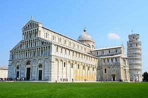 11 Pisa and Leaning Tower.jpg
