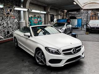 Mercedes C-Class krijgt een matte lakbescherming met XPEL STEALTH