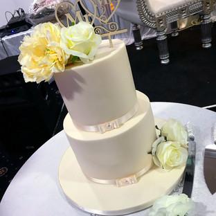 2 Tier floral Engagement Cake