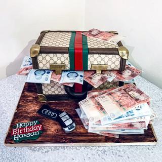 Gucci Money Breifcase Cake.