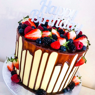 Fruit Drip Cake.