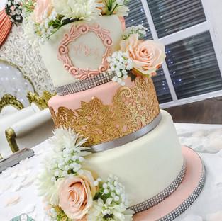 Peach & Gold Wedding Cake.