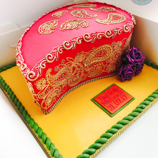 A Paisly Mendhi Cake.