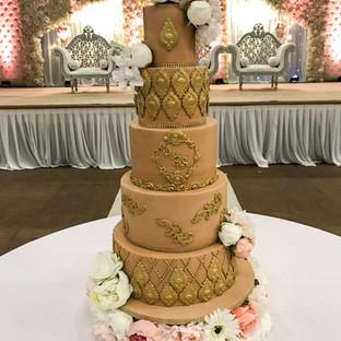 Nude Wedding Cake.
