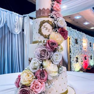 Floral Cascade Lace Cake.