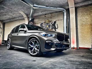 BMW X5 Silky dark basalt carwrap