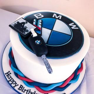 BMW cake.