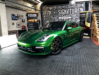 Porsche Panamera e-hybride Mamba Green - Full XPEL Paint Protection