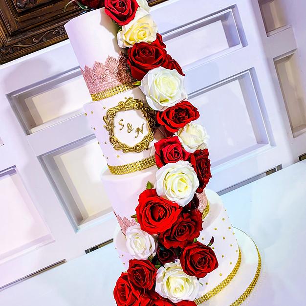 4 Tier Flower Wedding Cake.