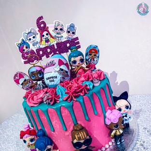 LOL drip cake.