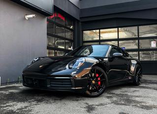 Porsche 992 carrera 4S   Carwrap gloss black inside & out