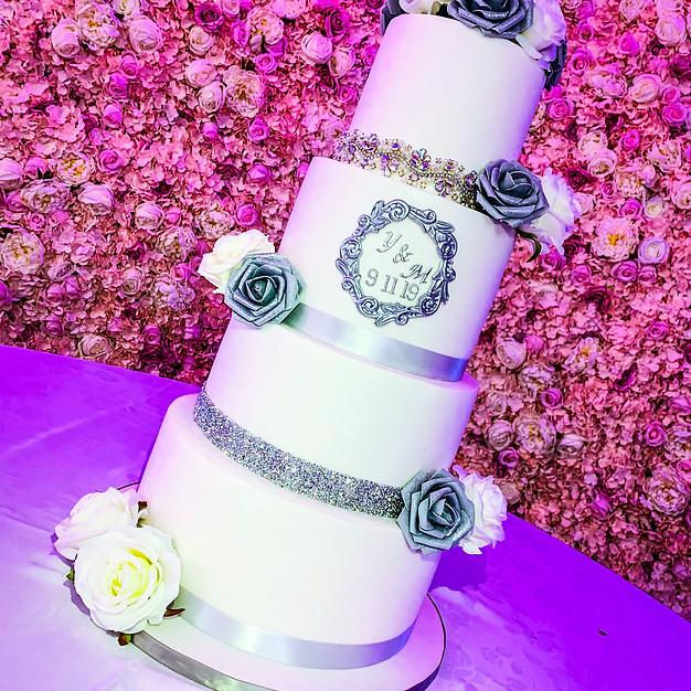 Diamond Broche Wedding Cake.