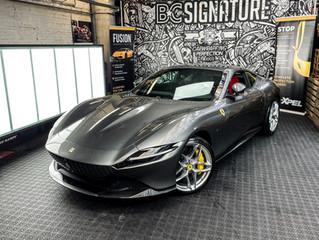 Is XPEL folie groot genoeg voor de Ferrari Roma?