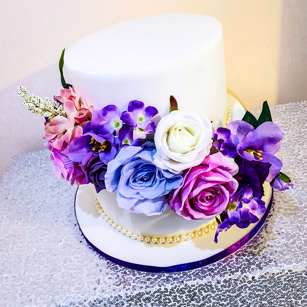 2 Tier Engagement Cake.