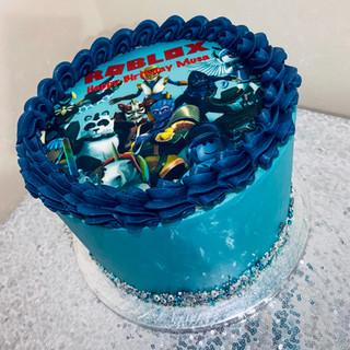 Roblox Cake.