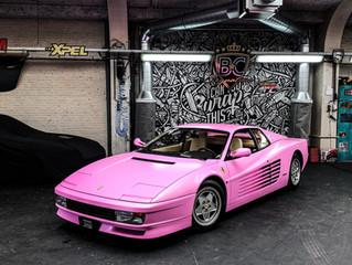 PINK MY CAR: Ferrari Testarossa krijgt een volledige MAKE-OVER