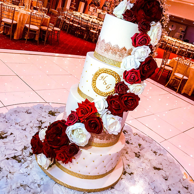 Floral Cascade Wedding Cake.