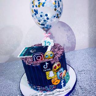 Media Cake.