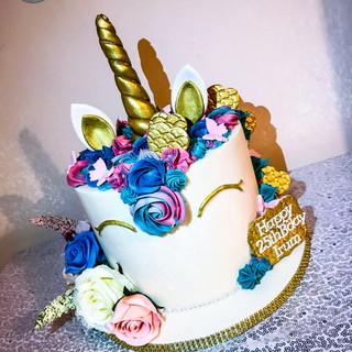 Adult Uniorn Cake.