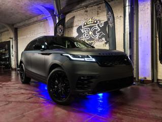 Land Rover Velar - Matte Black Car Wrap
