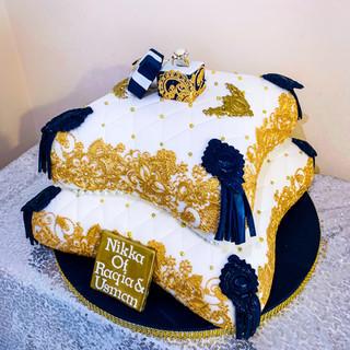 Engagment Pillow Cake.