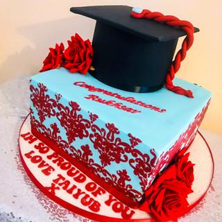 2 Tier Graduation Cake.