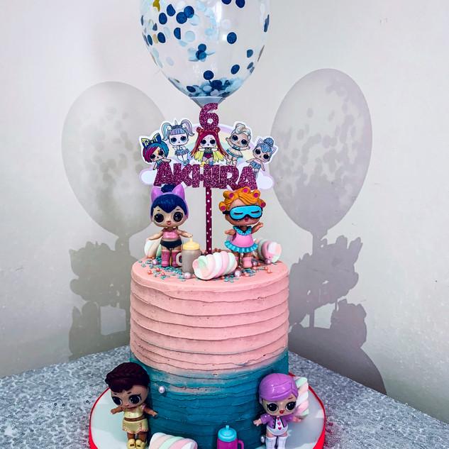 LOL Cake.