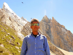 Shedding light on the anonymity of High Altitude Porters