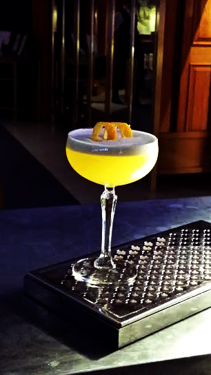 English Saffron Cocktail, Gillrays's