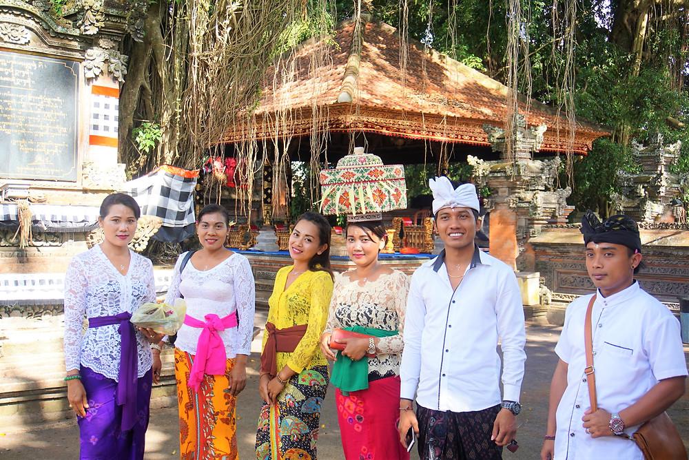 From left - right. Nyoman (female),Komang (female), Ida Ayu (dayu), Komang (female), Komang (male), Wayan (male)