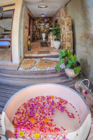 Villa Rahasiah Master Bath