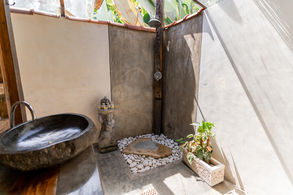 Darshana Bungalow Ensuite with Open air Shower