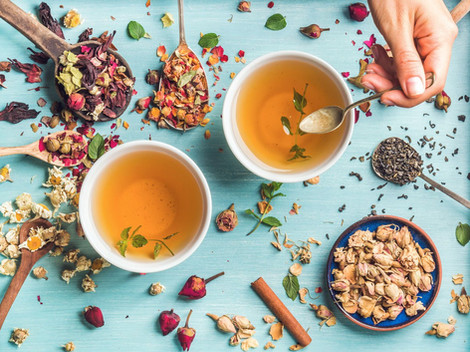3 HEALTHY TEA RECIPES AND BENEFICIAL HERBS