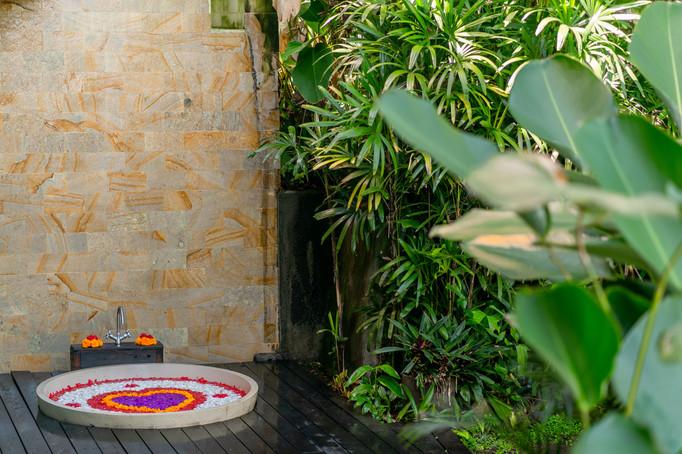 Rahasiah Master Open air Bath