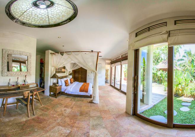 Villa Rahasiah Master Suite