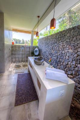 Villa Kasih Bathroom