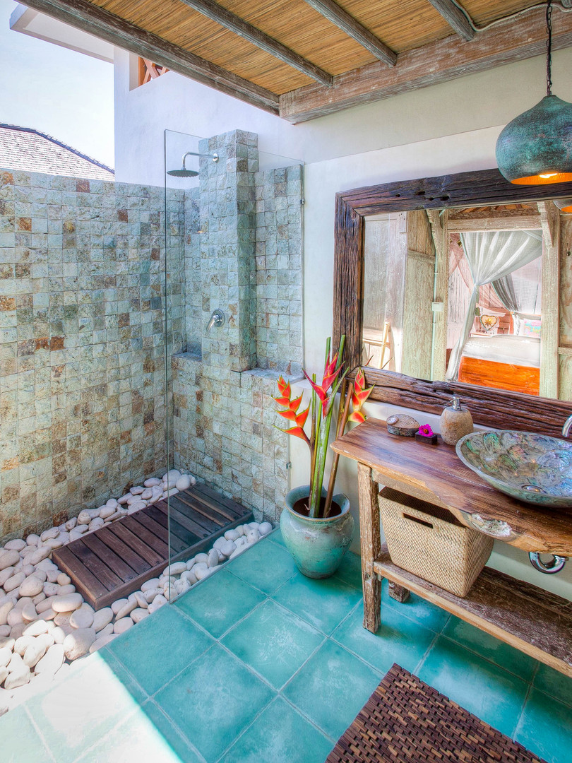 Kasih Bungalow Bathroom