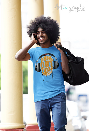 t-shirt-mockup-of-a-man-on-the-phone-wal
