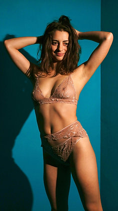 lingerie nude en dentelle de Calais