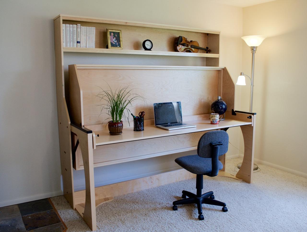 Studio Master Hiddenbed - Desk