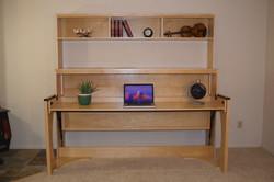 Ritzy Stubby with Book Shelf