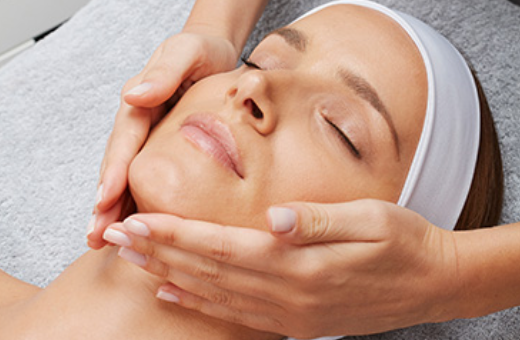 Essential Youth Reset 60 minute Facial