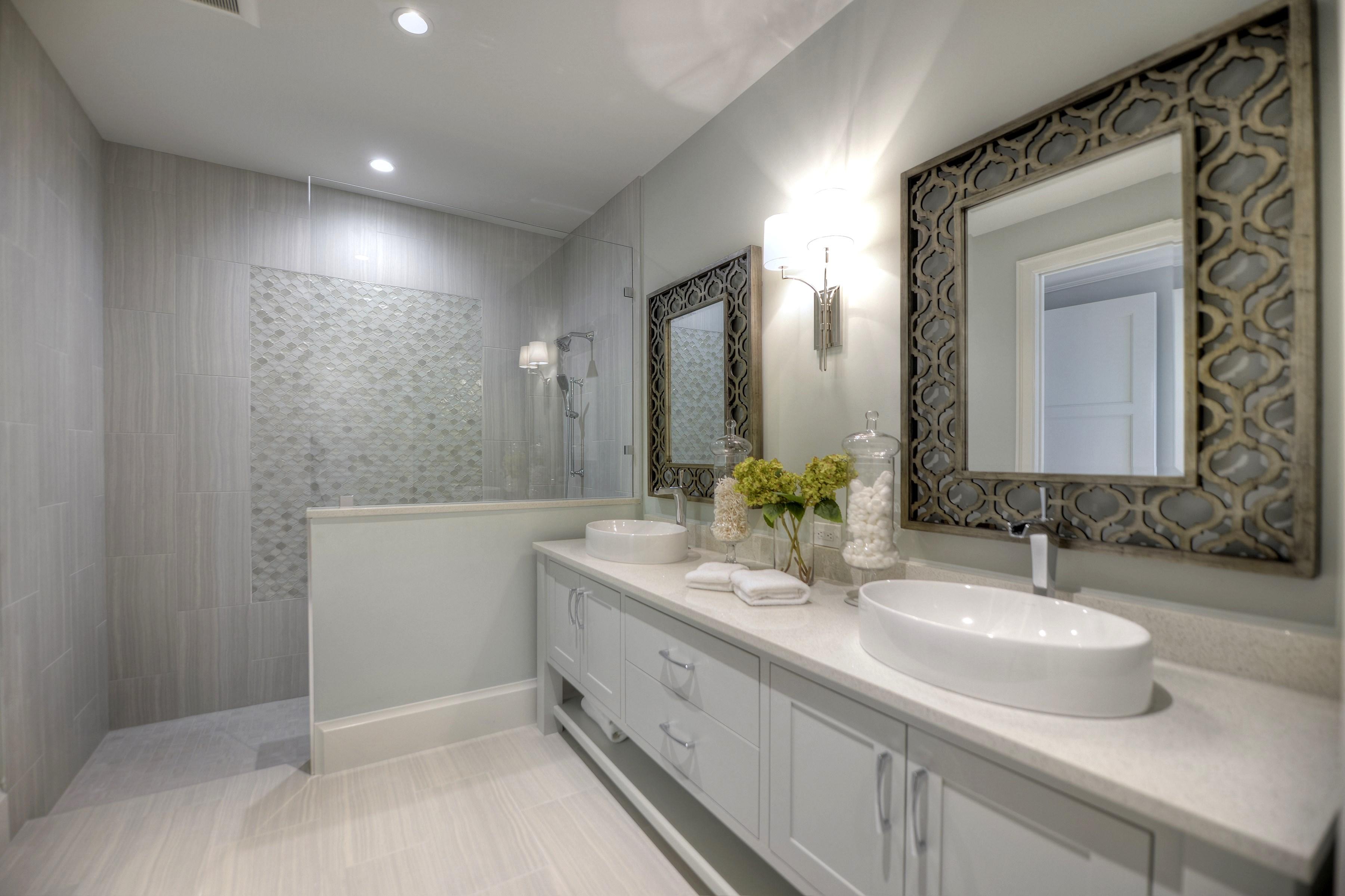 022_En Suite Bath