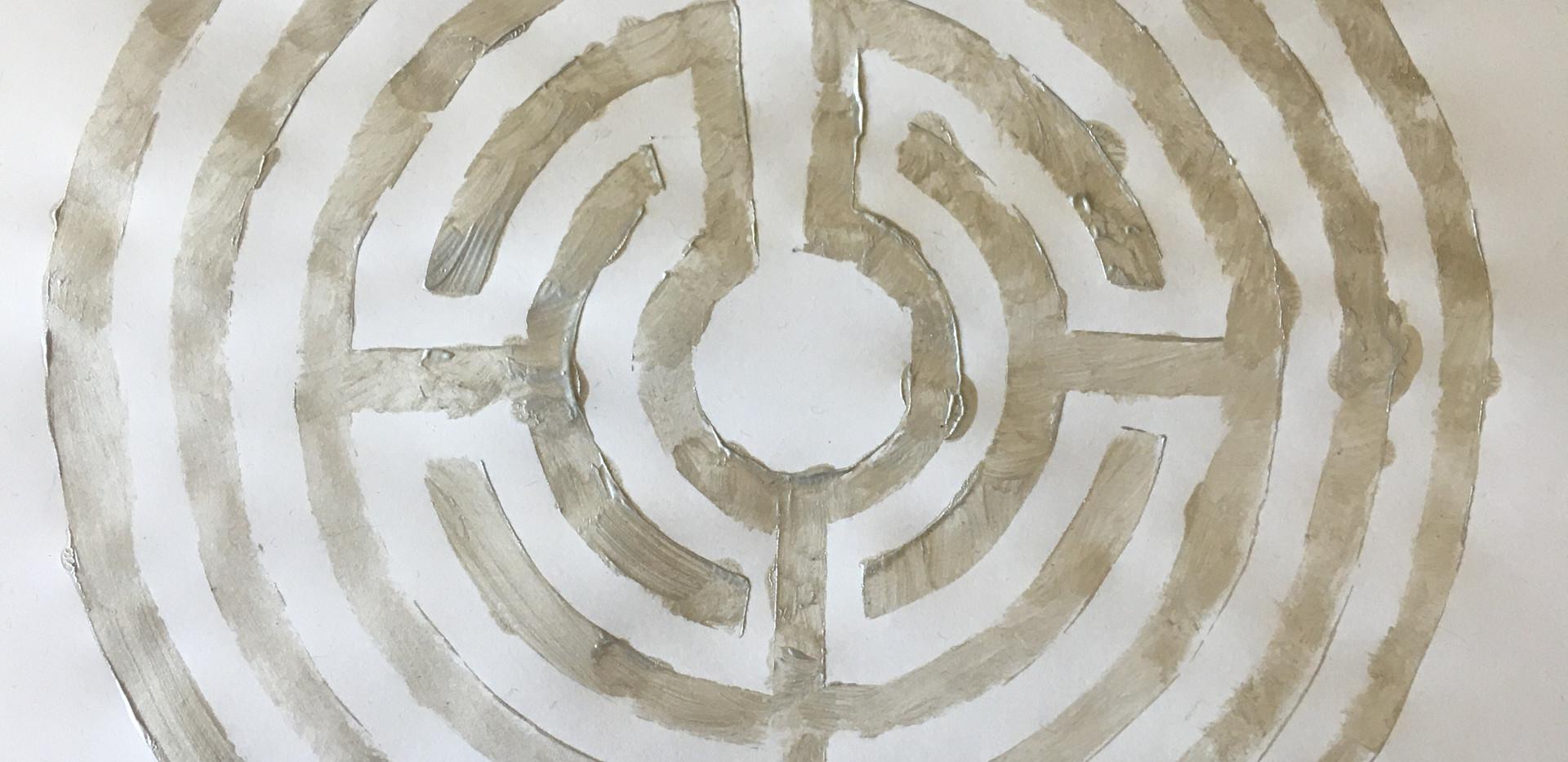 Labyrinth: stencil, 2020