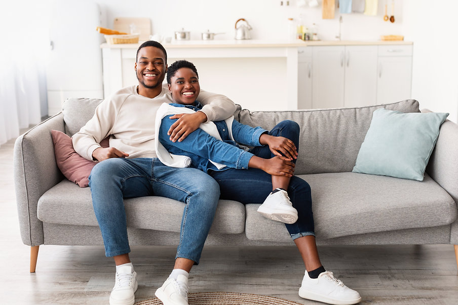 african-american-couple-spending-weekend-together--AWVDHV6.jpg