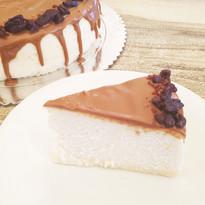 עוגת גבינה אפויה עם אספרסו ופקאן