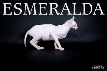 ESMERALDA ELF CAT QUEEN