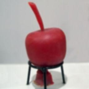 Lost_Wax-Model_of_apple_in_paraffine.jpg
