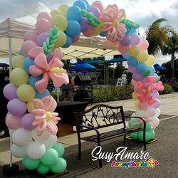 Spring theme balloon arch