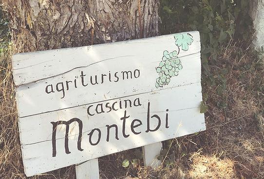 Montebi-foto's-sign.jpg